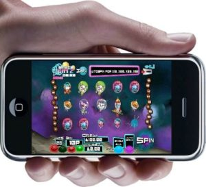 space-katz-mobile-slot-mfortune-gameplay-iphone-hand